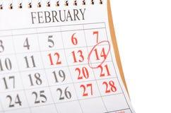 Calendario con la fecha de la tarjeta del día de San Valentín del St Foto de archivo libre de regalías
