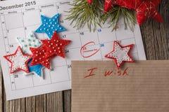 Calendario con la fecha marcada del día de la Navidad Imagenes de archivo