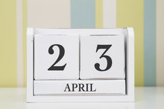 Calendario de la forma del cubo para el 23 de abril Fotos de archivo libres de regalías
