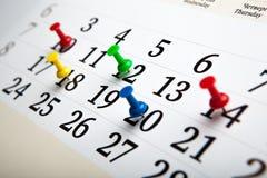 Calendario de pared grande con las agujas Foto de archivo libre de regalías