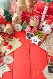 Calendario del advenimiento con las cajas de regalo Imagenes de archivo
