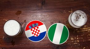 Calendario del partido del mundial 2018, cerveza Mats Concept Flyer Background Croacia contra Nigeria foto de archivo