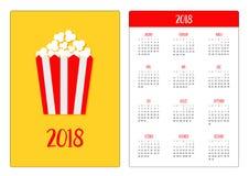 Calendario della tasca 2018 anni La settimana comincia domenica Icona del popcorn Simbolo del segno del cinema nello stile piano  Fotografie Stock