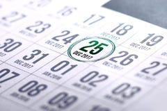 Calendario di giorno di Natale sul diario Fotografie Stock Libere da Diritti