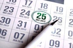 Calendario di giorno di Natale sul diario Immagine Stock Libera da Diritti