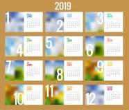 Calendario di vettore per 2019 anni Modello della stampa di progettazione di vettore con il posto per la foto Un insieme di 12 pa royalty illustrazione gratis