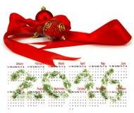 Calendario 2016 Imagen de las decoraciones de la Navidad en un fondo blanco Imágenes de archivo libres de regalías