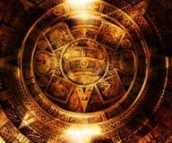 Calendario maya antico, spazio cosmico e stelle, fondo astratto di colore, collage del computer Fotografia Stock