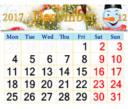 Calendario para diciembre de 2017 con el muñeco de nieve fabuloso Imagen de archivo libre de regalías