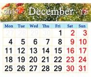 Calendario per il dicembre 2017 con le decorazioni dell'albero del nuovo anno Immagine Stock