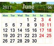 Calendario per il giugno 2017 con l'immagine del lago Fotografia Stock Libera da Diritti