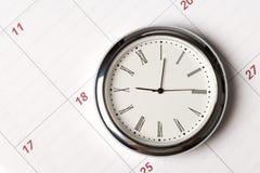 Calendario y reloj Imagen de archivo libre de regalías