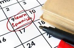 Calendrier avec le début pour apprendre l'espagnol Image libre de droits