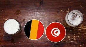 Calendrier de match de la coupe du monde 2018, bière Mats Concept Flyer Background L'Allemagne contre tunisia Photos stock