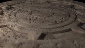 Calendrier maya avec les anneaux tournants banque de vidéos