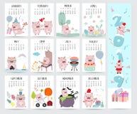 Calendrier mensuel mignon 2019 avec le porc, gâteau, barbecue, verres, coeur, illustration libre de droits