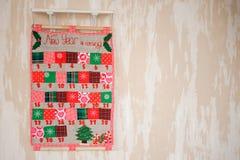 Calendrier mou de Noël de textile sur le mur Photos libres de droits