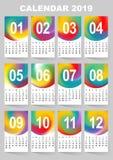 Calendrier pendant 2019 années Ensemble coloré de vecteur de maille de gradient Les débuts de semaine dimanche Descripteur pour v illustration libre de droits