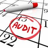 Calendário financeiro da data de dia do imposto da contabilidade do orçamento da auditoria Fotografia de Stock Royalty Free