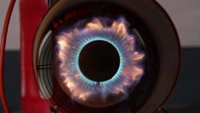 Calentador de gas industrial almacen de metraje de vídeo