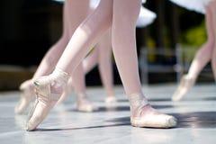 Calentamiento de la danza Fotografía de archivo