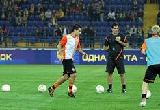 Calentamiento de los jugadores antes del partido de fútbol Fotografía de archivo libre de regalías