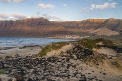 Caleta de Famara Beach, Lanzarote, Ισπανία στοκ φωτογραφίες με δικαίωμα ελεύθερης χρήσης