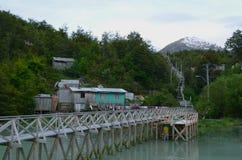 Caleta Tortel, крошечная прибрежная деревушка расположенная посреди фьордов Aysen южных Chile's Стоковая Фотография