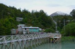 Caleta Tortel, uma aldeola litoral minúscula situada no meio dos fiordes dos €™s de Aysen Southern Chileâ Fotografia de Stock
