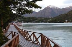 Caleta Tortel, uma aldeola litoral minúscula situada no meio dos fiordes dos €™s de Aysen Southern Chileâ foto de stock royalty free