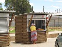 Calez à la rue principale de la ville de Madame Frere, Afrique du Sud Photos libres de droits