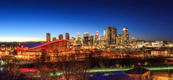 Calgary del centro alla notte Fotografia Stock Libera da Diritti