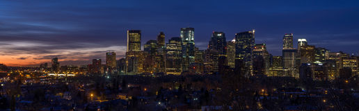 Calgary linia horyzontu przy wschodem słońca Zdjęcia Royalty Free