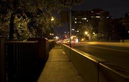 Calgary på natten Arkivfoto