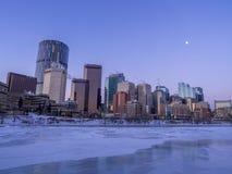 Calgary-` s Skyline bei Sonnenaufgang Lizenzfreie Stockfotos