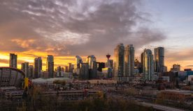 Calgary skyline at sunset royalty free stock photos