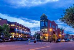 Calgarys Kensington-Bereich lizenzfreie stockbilder