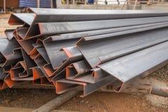 Calha de aço (chanel de aço de C) foto de stock