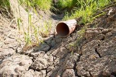 Calha seca sem água Fotos de Stock Royalty Free
