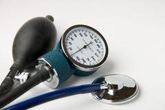 Calibrador de la presión arterial Imágenes de archivo libres de regalías