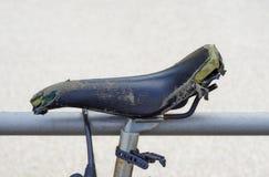 Calibrador gastado en una bicicleta Foto de archivo