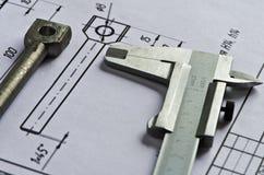 Calibrador a vernier, detalle, dibujando 2 Imagenes de archivo