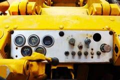 Calibradores viejos del tablero de instrumentos del carro Imagen de archivo libre de regalías