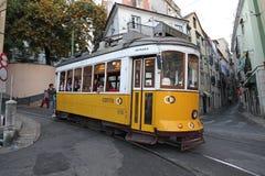 Calibratore per allineamento nella via di Lisbona Fotografia Stock
