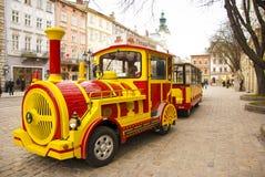 Calibratore per allineamento turistico nella città di Lviv, Ucraina Fotografie Stock