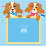 Calibre décoratif pour le bébé, la famille ou les souvenirs Cadre de deux Shaggy Dogs With Vector Photo Cadre de photo du `s d'en Image stock