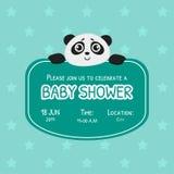 Calibre d'invitation de fête de naissance, carte verte avec Panda Bear mignon et endroit pour votre texte, vecteur neutre de genr illustration stock