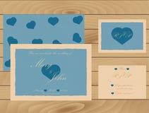 Calibre d'invitation de mariage sur la texture en bois Carte de RSVP Effet de vintage Photo libre de droits