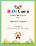 Calibre de certificat d'enfants dans le vecteur pour la participation campante Images libres de droits