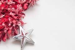 Calibre de fond de Noël avec l'espace de copie sur le blanc Photographie stock libre de droits